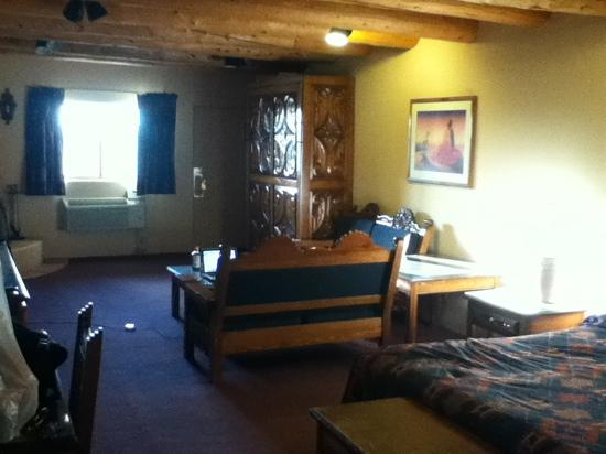 Sagebrush Inn & Suites: room 146