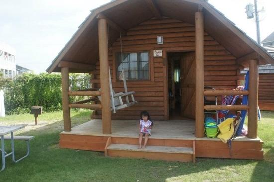 Cape Hatteras KOA: our kabin. beds only no bathroom but comfortable.