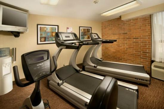 Pear Tree Inn St. Louis Airport: Fitness Center