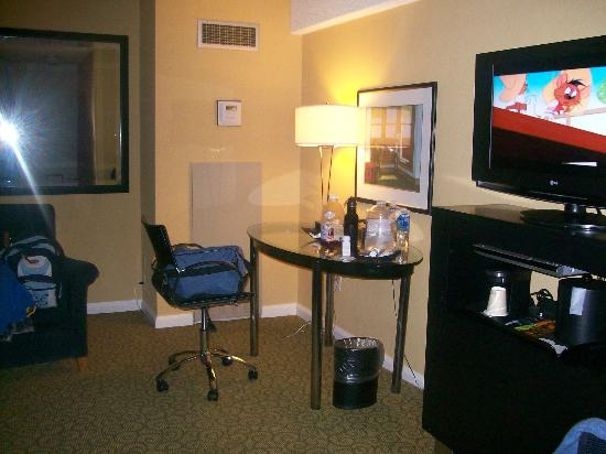 Hotel Deca: work area/flat screen tv on right