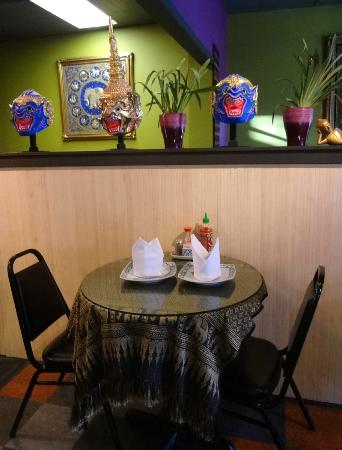 Thai Orchid Cafe: Table And Decorations: Nice Tablecloths