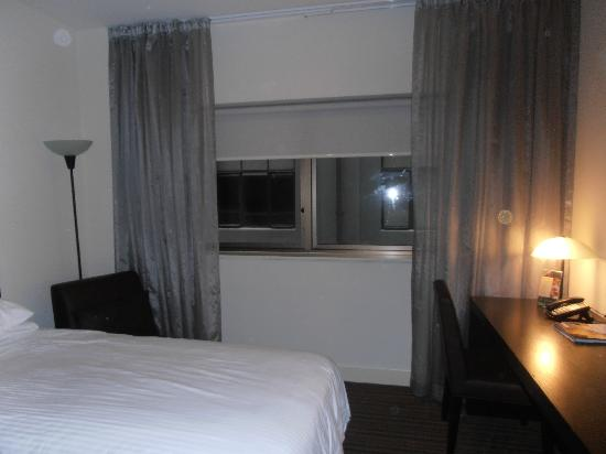 Causeway 353 Hotel: Room window and view.