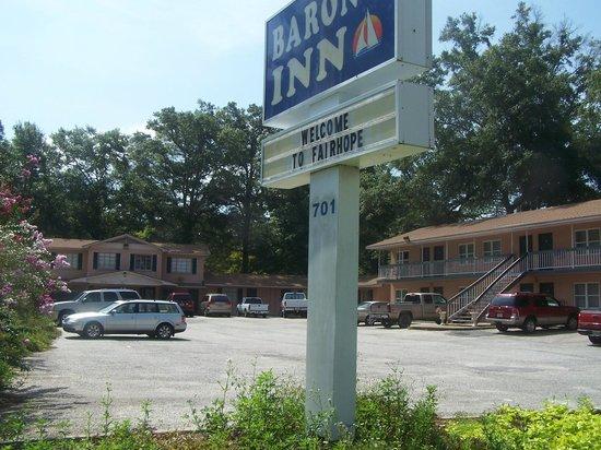 Barons By The Bay Inn : Pleasant Americana Experience