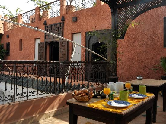 Riad Dar Sheba: breakfast by fatima