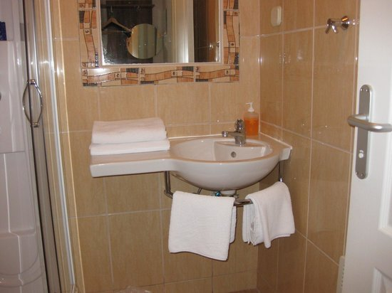 Rooms Pleso: Other room's bathroom