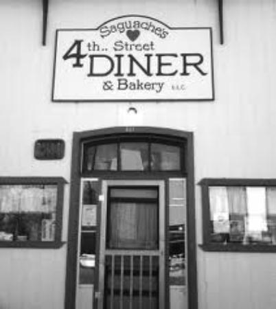 4th Street Diner & Bakery: Diner Door