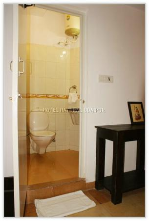 Hotel Natural Lake View: Clean-Hygiene with all modern amenities