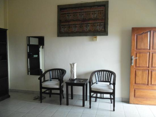 Villa Jaya: spacious room