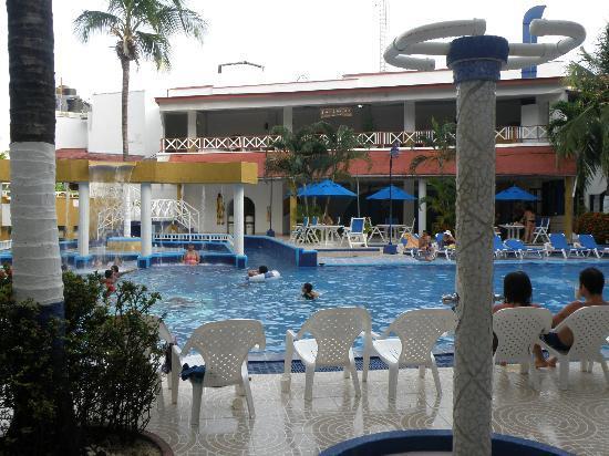 Sol Caribe San Andres: Pileta del hoter sol caribe