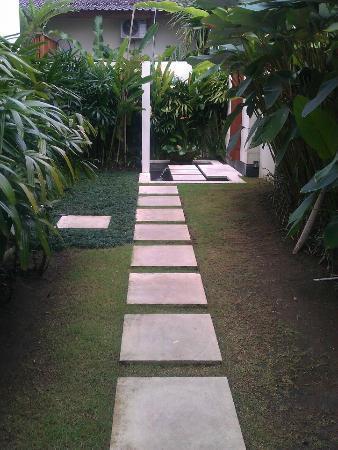 Villa Besar: Entry to villa