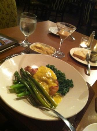 Altitude at The Resort at The Mountain: chicken Oscar