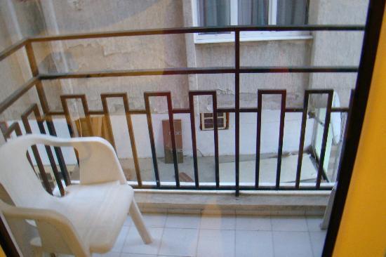 Surtel Hotel: Balcony view