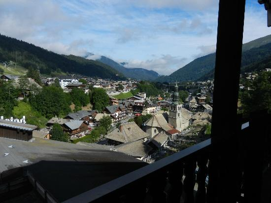 Hotel le Petit Dru: From the balcony of 302