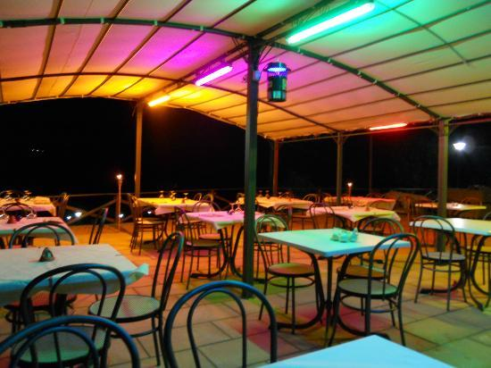 La Greppa: Si cena all'aperto in una cornice d'Incanto