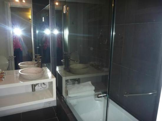 ホテル ヴィラ コンデサ, bathroom