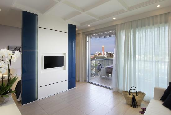 Hotel San Marco: suite, living zone