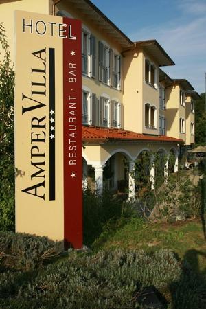 Ampervilla Hotel: AmperVilla Sign