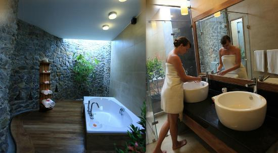 Siddhalepa Ayurveda Health Resort : Deluxe Bathroom