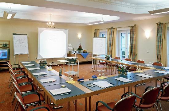 Ampervilla Hotel: Cortina Meeting Facilities