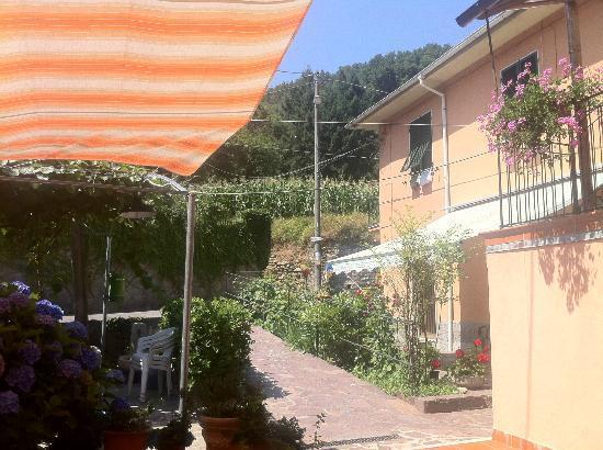 Pignone, Italia: Locanda di Marco - Entrance