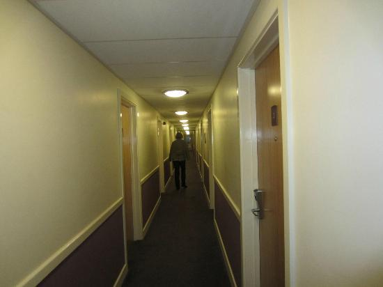 Premier Inn Ripley Hotel : The corridor