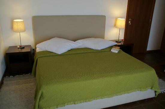 Cantar do Grilo: double room Abelha