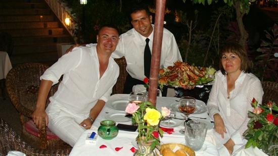 La Lampara : Прекрасный ресторан. Персонал, кухня, музыка выше всяких похвал. Поеду только из-за этого рестор