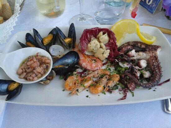 La Caravella: insalata di mare