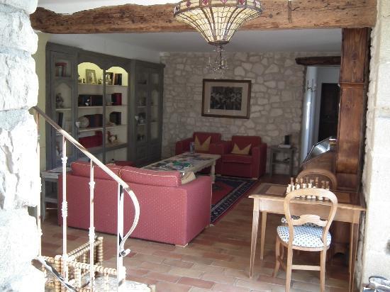 Moulin de Villefranche: salon au premier étage