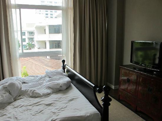 Rongratana Executive Residence: Bedroom