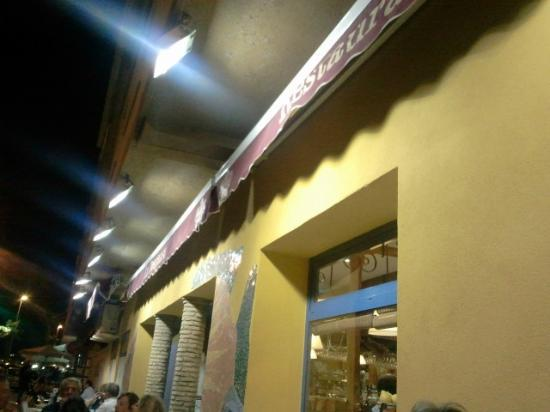 Restaurante La Despensa: Fachada del local