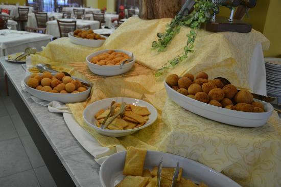 VOI Baia di Tindari Resort : arancini e panelle