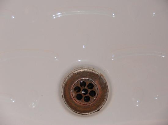 Romangelo Hostel: baño