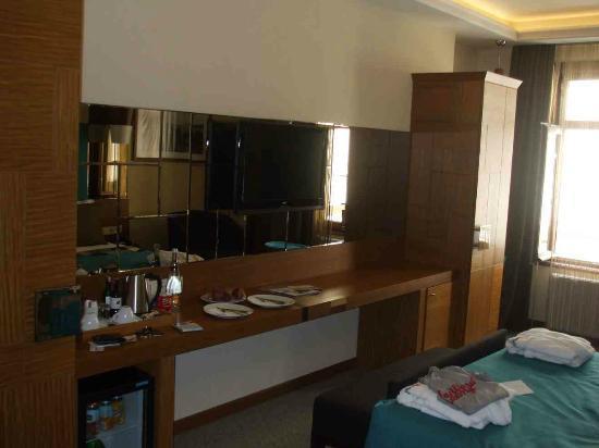โรงแรมคอลเลจเปรา: Interior