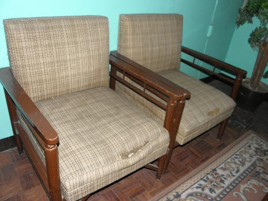 Bluefields Hotel : Furniture in room