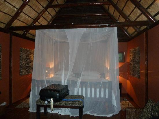 Thula Thula Exclusive Private Game Reserve and Safari Lodge: Luxury Chalet
