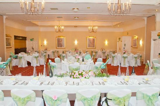 Holiday Inn Milton Keynes East - M1 Jct 14: wedding set up