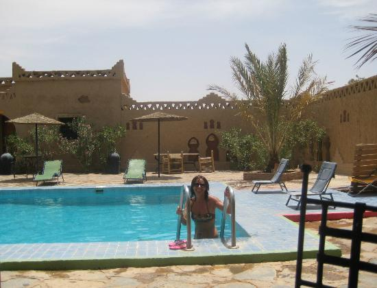 Les Portes du Desert: la piscina