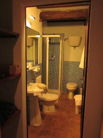 L'Antico Forziere: our bathroom (suite)