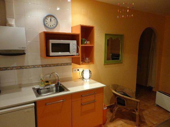 Casablanca El Petit Hotel: codina/comedor casita papaya