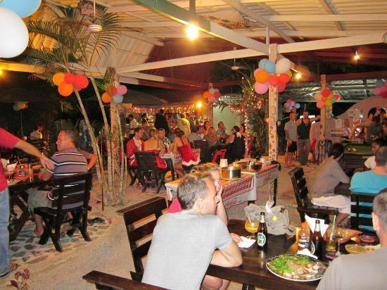 Ando Loco: Christmas 2011 Andoloco