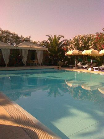 Hotel Mion: Pool at Mion