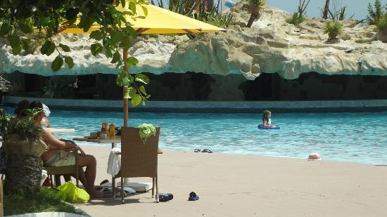 lti Mahdia Beach Hotel: bar piscina