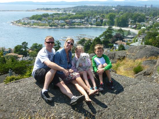 Classic Car Tours: View with the family from the submarine lookout