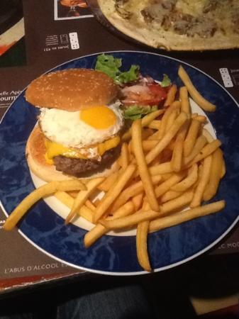 au bureau: American Cheeseburger - DELICIOUS!!!