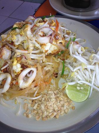 Mit Samui Restaurant: Best Pad Thai - yum