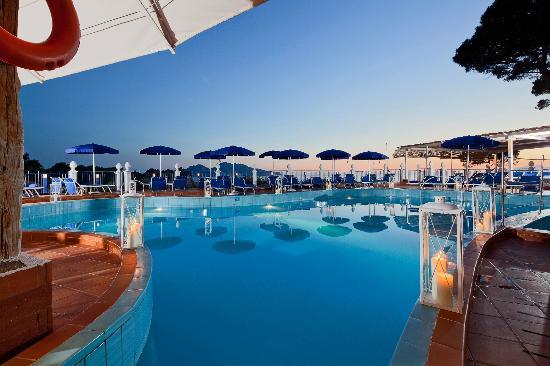 Piscina Hotel Delfino