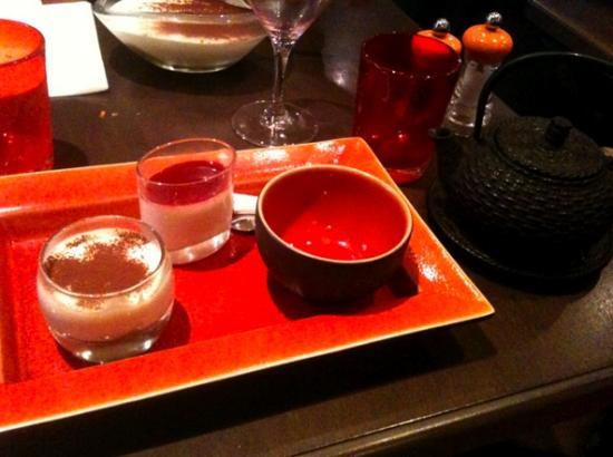 Il Modigliani : Thé gourmand avec Tiramisu et Panna Cotta