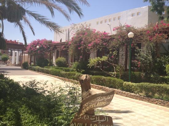 Menaville Resort: Beautiful Gardens