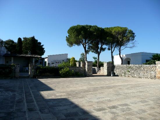 Masseria Marianna: Walking around the property
